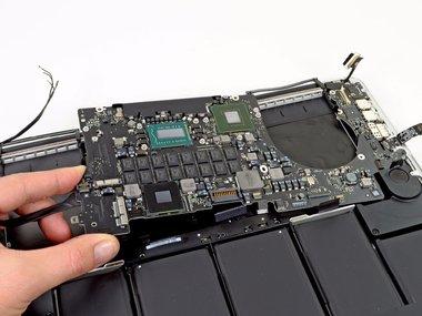 Moederbord reparatie voor de Apple MacBook Pro Retina A1502