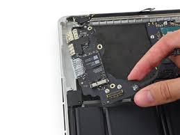 Audio reparatie voor de Apple MacBook Pro Retina A1502