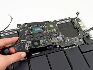 Moederbord reparatie voor de Apple MacBook Pro Retina A1398
