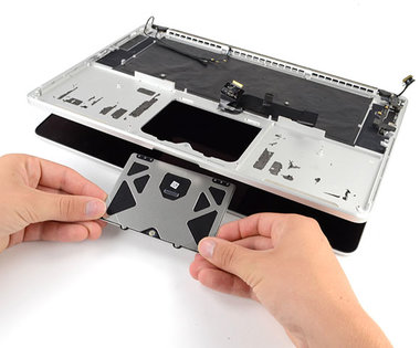Trackpad reparatie voor de Apple MacBook Pro Retina A1398